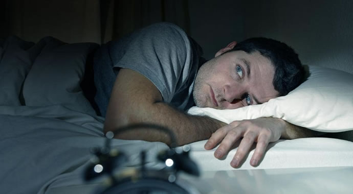 Saiba quantas horas você precisa dormir de acordo com sua idade